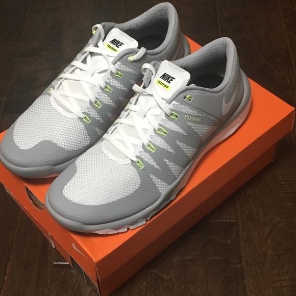 63a7bb591b5 Men s Nike Free Trainer 5.0 V6